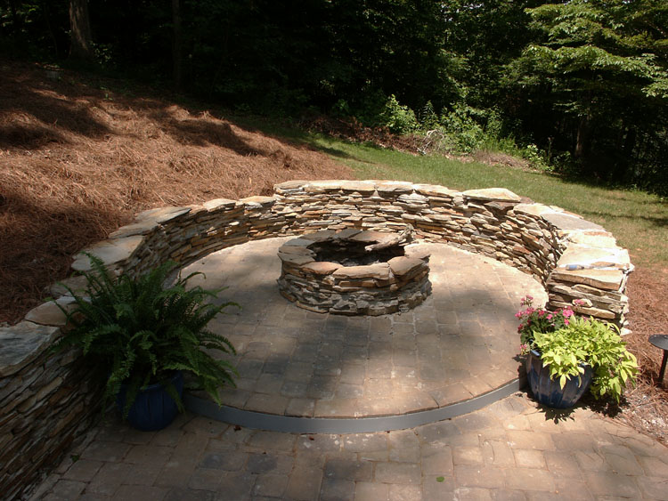 Landscaper greenville sc spartanburg simpsonville for Landscaping rocks greenville sc